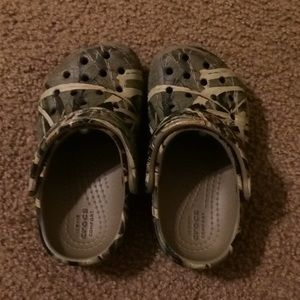 Crocs toddlers size 7